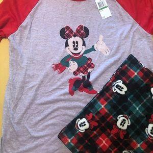 Disney Minnie Mouse holiday pajamas set size Large